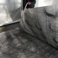 Bladeren in de 'Larger ones' van Tanja Isbarn