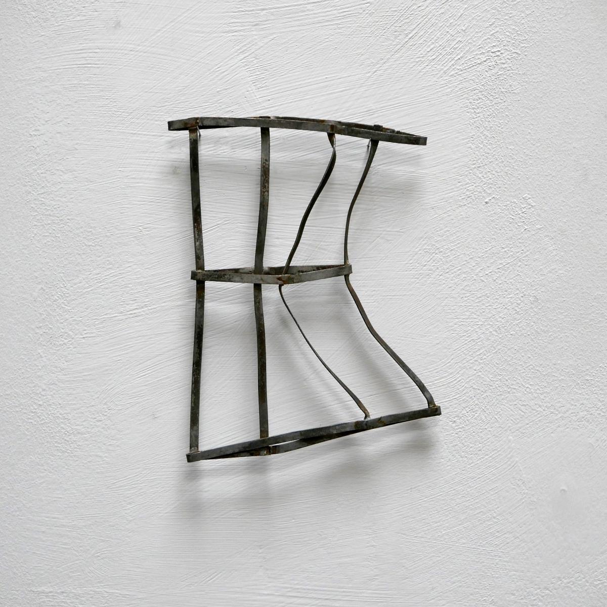 #31 Simon Oud, Geplet volume P2, zink, 15 x 11,5 x 0,5 cm