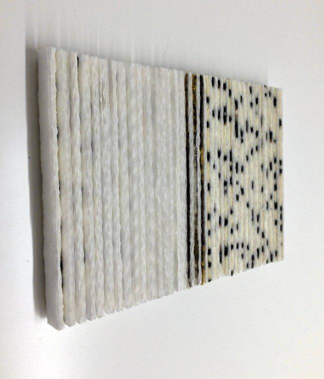 #38 Maryan Geluk, Dankboek, textiel/papier 14,5 x 21 x 1.5 cm